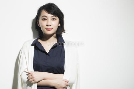若い女性のビューティーイメージの写真素材 [FYI01733821]