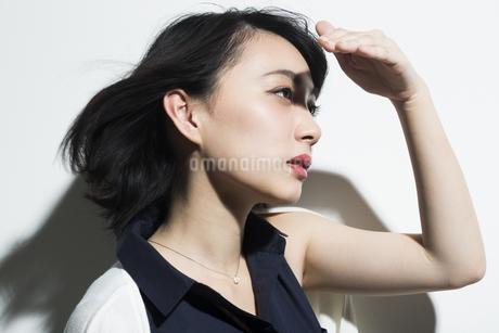 若い女性のビューティーイメージの写真素材 [FYI01733844]