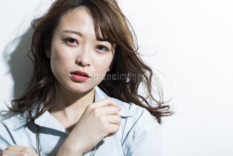 若い女性のビューティーイメージの写真素材 [FYI01733913]