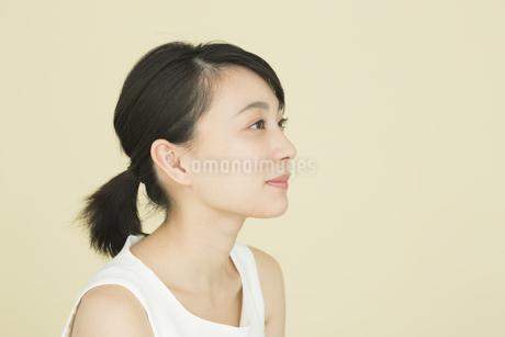 若い女性のビューティーイメージの写真素材 [FYI01733994]