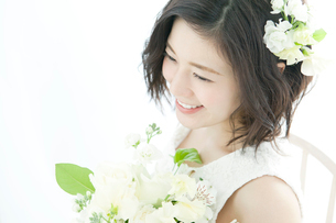 笑顔の20代女性の写真素材 [FYI01735815]