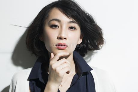 若い女性のビューティーイメージの写真素材 [FYI01736051]