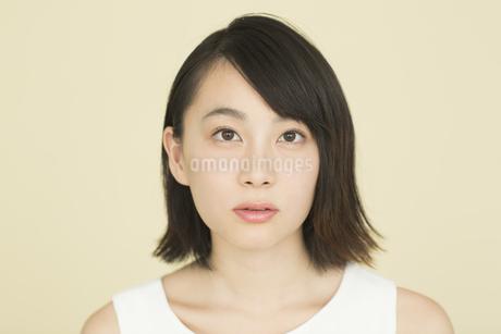 若い女性のビューティーイメージの写真素材 [FYI01736413]