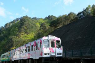 三陸鉄道  田野畑駅付近の北リアス線の写真素材 [FYI01739692]