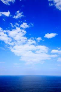青空と海の写真素材 [FYI01739704]