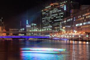 大阪中の島の夜景 天満橋の写真素材 [FYI01740440]