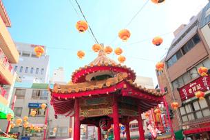 神戸南京町 チャイナタウン あずまやの写真素材 [FYI01740520]