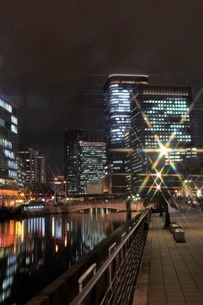 大阪 中の島の夜景の写真素材 [FYI01740805]