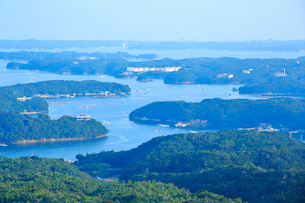 志摩 横山展望台から望む夏の英虞湾の写真素材 [FYI01741544]