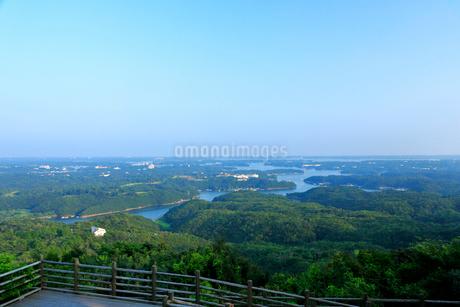 志摩 横山展望台から望む夏の英虞湾の写真素材 [FYI01741845]