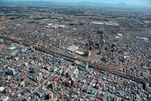 東北新幹線小山駅周辺の航空写真の写真素材 [FYI01743488]