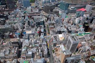 晴海通り銀座四丁目交差点から有楽町に向けた航空写真の写真素材 [FYI01743596]