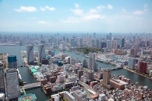 勝どき、隅田川と都心の航空写真の写真素材 [FYI01743655]
