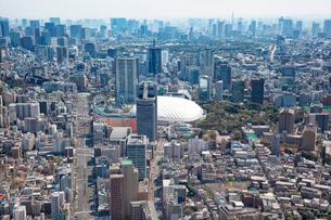 文京区春日周辺と東京ドーム周辺の航空写真の写真素材 [FYI01744726]