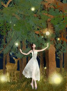 森の中の踊り子のイラスト素材 [FYI01745432]