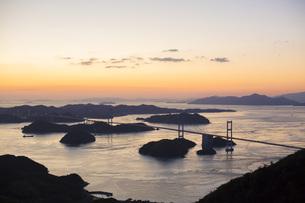 しまなみ海道の来島海峡大橋の写真素材 [FYI01745905]