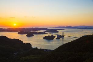 しまなみ海道の来島海峡大橋の写真素材 [FYI01746032]