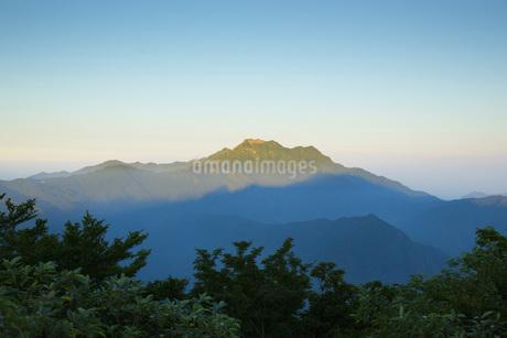 石鎚山の朝の写真素材 [FYI01746237]