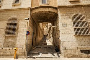 イスラエル,エルサレムのビア・ドロローサの写真素材 [FYI01746705]