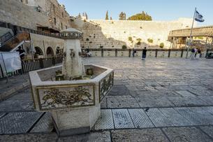 イスラエル,エルサレムの嘆きの壁の写真素材 [FYI01746847]