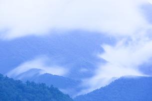 霧のある風景の写真素材 [FYI01747037]