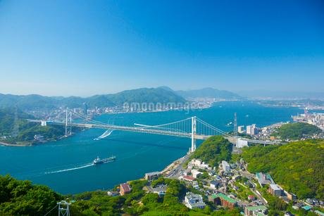 火の山公園より関門橋の写真素材 [FYI01747240]