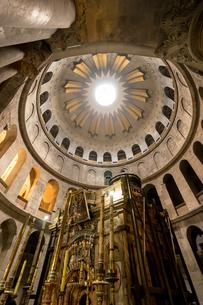 イスラエル,エルサレムの聖墳墓教会の写真素材 [FYI01747311]