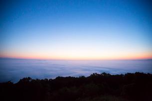 三次の霧の海の写真素材 [FYI01747630]