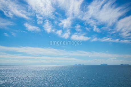 輝く瀬戸内海の写真素材 [FYI01747669]