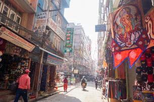 ネパール カトマンズのタメル地区の写真素材 [FYI01748639]