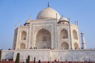 インド タージ・マハルの写真素材 [FYI01748687]