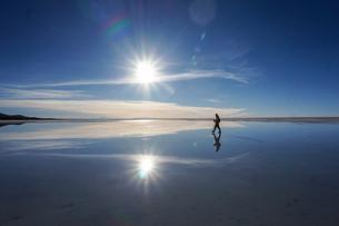 ウユニ塩湖の写真素材 [FYI01748697]