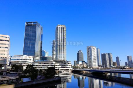 横浜ベイクウォーターとポートサイド地区の写真素材 [FYI01749896]