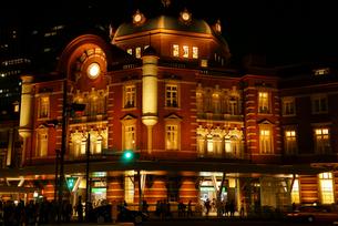 東京駅丸の内駅舎 夜景の写真素材 [FYI01750267]