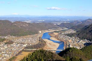 長良川と岐阜の町並みの写真素材 [FYI01750644]