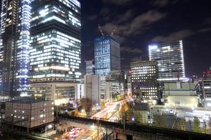 東京駅付近の夜景の写真素材 [FYI01750942]