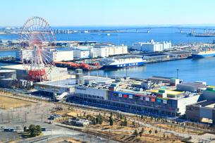 東京港と東京ゲートブリッジの写真素材 [FYI01751611]