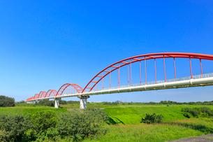 荒川水管橋の写真素材 [FYI01752090]