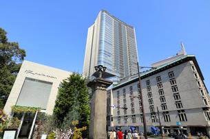 日比谷公園と東京ミッドタウン日比谷の写真素材 [FYI01752232]