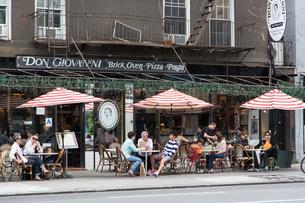 アメリカ ニューヨーク ハイライン近くのカフェの写真素材 [FYI01752465]