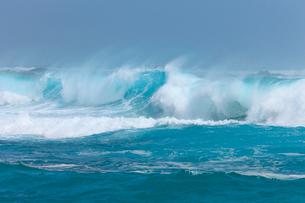 波の写真素材 [FYI01753481]