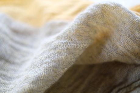ウールの織り布(ショール)の写真素材 [FYI01754538]