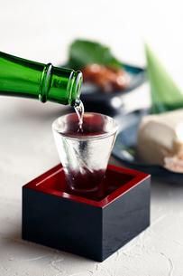 日本酒イメージの写真素材 [FYI01755013]