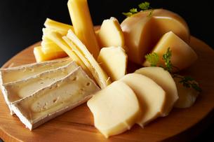 北海道チーズ4種の写真素材 [FYI01755812]