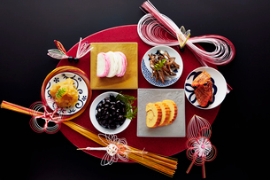 お正月のお節料理イメージの写真素材 [FYI01755937]