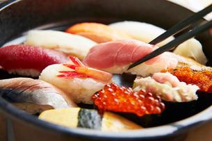 寿司イメージの写真素材 [FYI01755948]