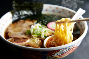 札幌醤油ラーメンの写真素材 [FYI01756021]