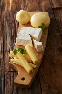北海道チーズ4種の写真素材 [FYI01756721]