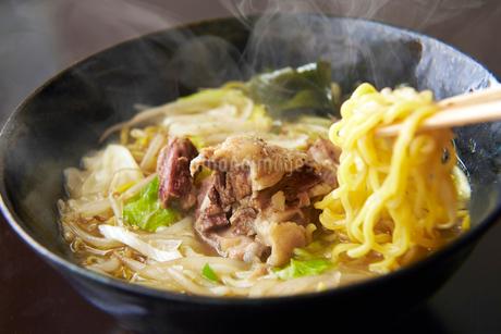 牛肉ラーメンの写真素材 [FYI01756959]