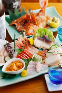 刺身と焼き魚の写真素材 [FYI01757876]